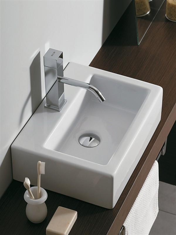 Lavabo piccolo boiserie in ceramica per bagno - Dimensioni sanitari bagno piccoli ...