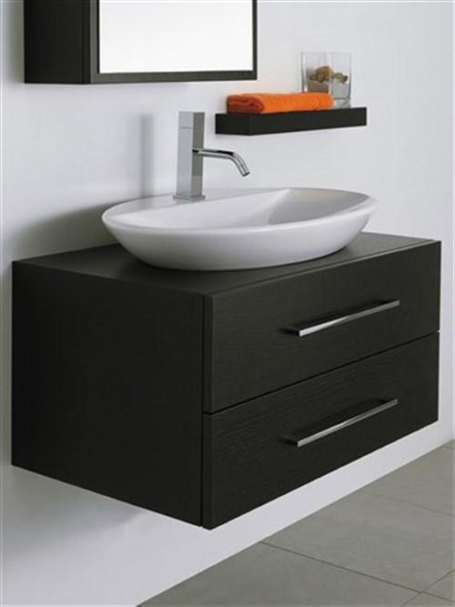 Arredare un bagno piccolo con mobili sospesi su misura