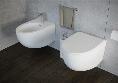 Foto sanitari bagno sospesi con muretto in muratura per