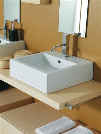 Lavabo 47 cm for Altezza lavabo appoggio